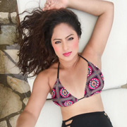 Actress Nikesha Patel Photos,Actress Nikesha Patel Images,Actress Nikesha Patel Gallery,Actress Nikesha Patel Album - Cinema Dinakaran