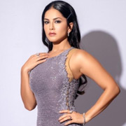 Actress SunnyLeone Photos,Actress SunnyLeone Images,Actress SunnyLeone Gallery,Actress SunnyLeone Album - Cinema Dinakaran
