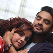 Abhiyum Anuvum Movie Photos,Abhiyum Anuvum Movie Images,Abhiyum Anuvum Movie Gallery,Abhiyum Anuvum Movie Album - Cinema Dinakaran